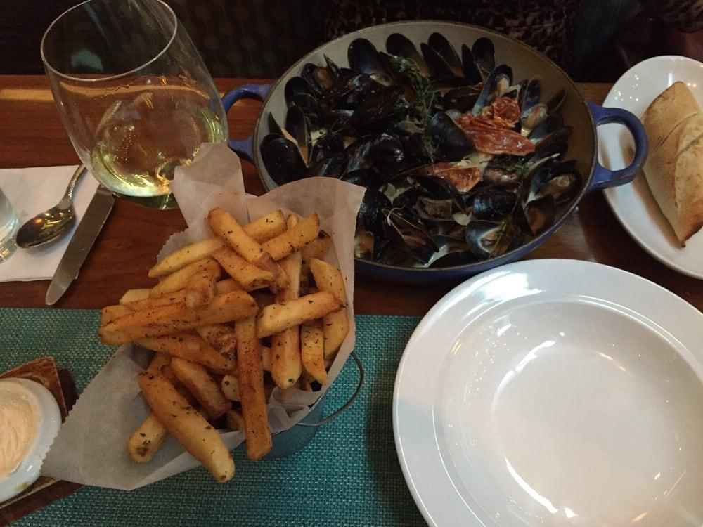 Mussels yelp for Passion fish reston va