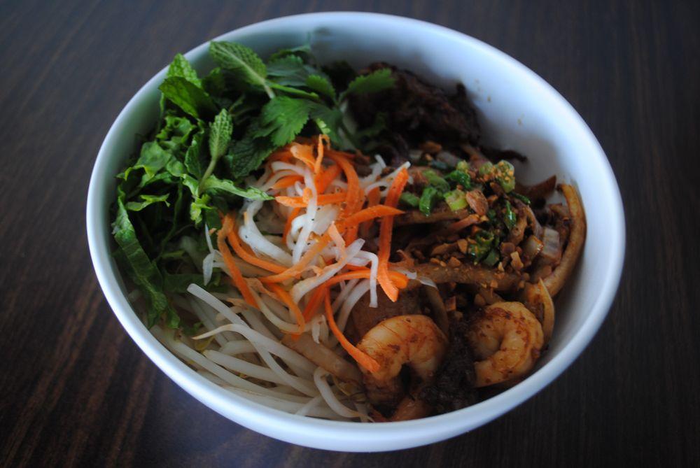 Taste of Vietnam: 11506 Brinks Ave, Chisago City, MN