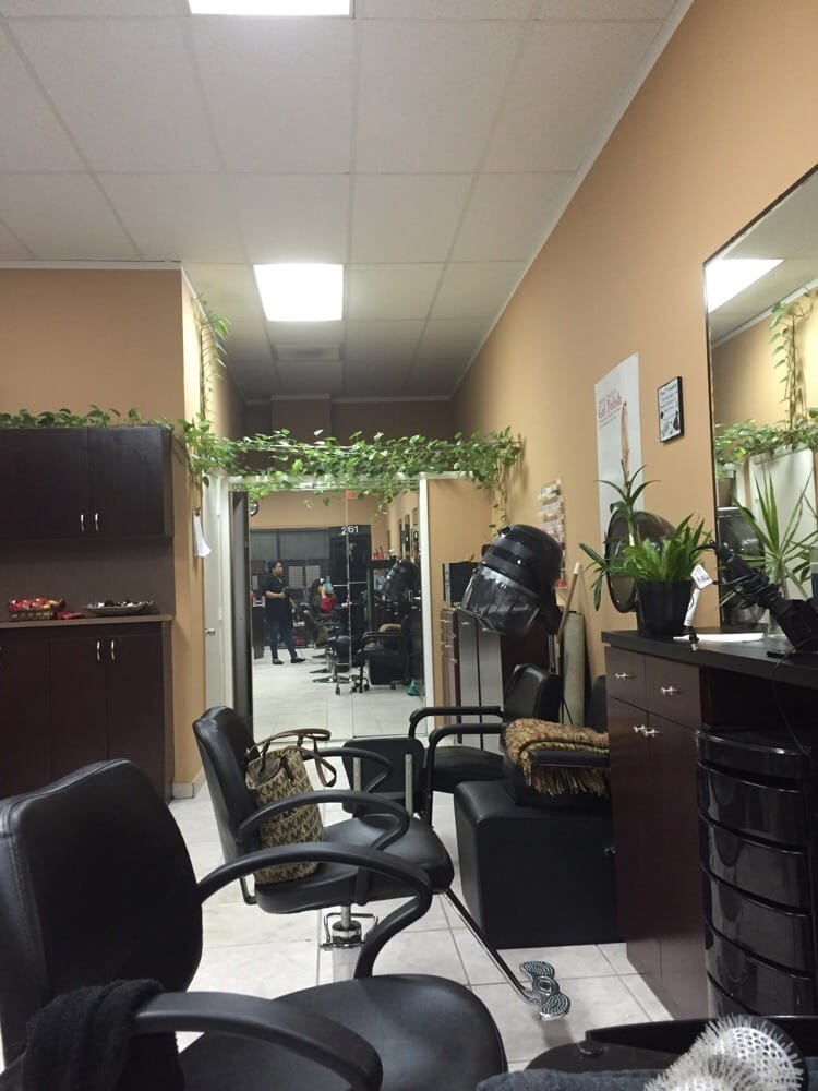 Cascada Unisex Salon: 2061 SW 8th St, Miami, FL