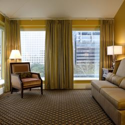 Photo Of Lafayette Hotel New Orleans La United States A Sitting Area