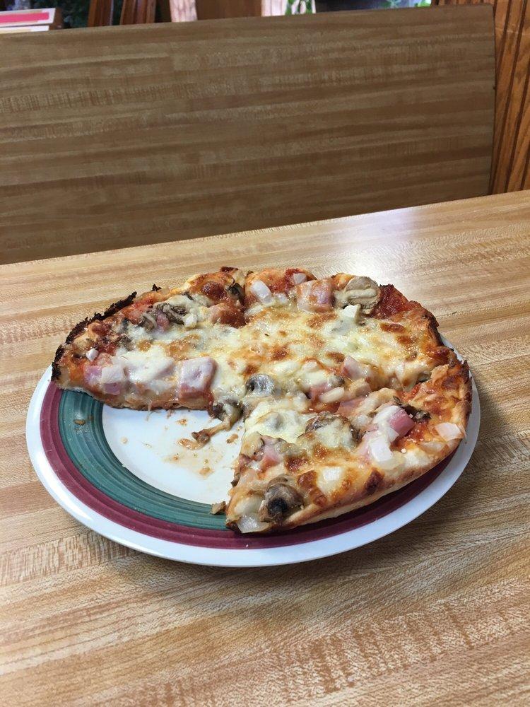 Gino's Pizza & Spaghetti House: 901 Main St, Mount Hope, WV