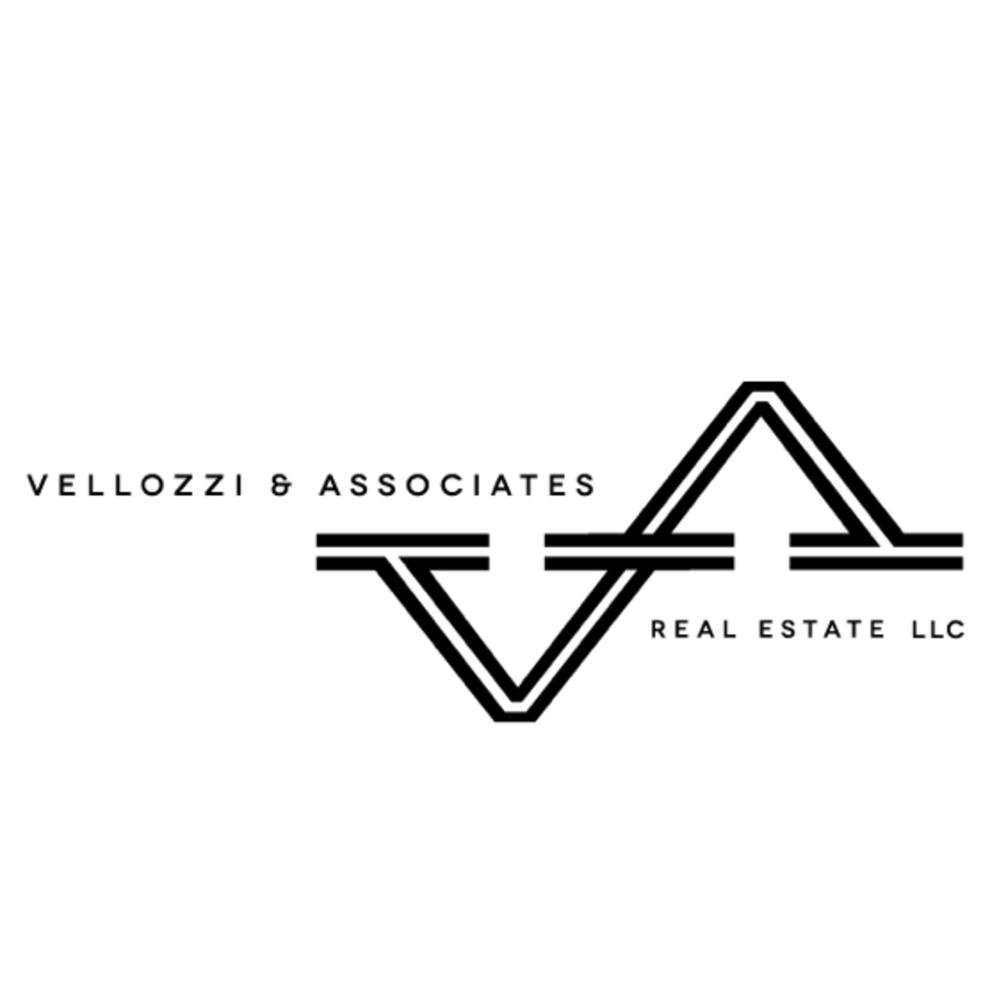 Larry Vellozzi, Real Estate Professional | 414 NE E St, Grants Pass, OR, 97526 | +1 (541) 660-0811