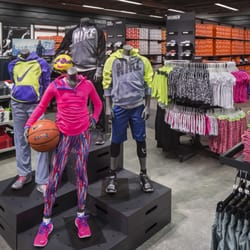 7d4929c8a0ac03 Nike Factory Store - 27 Photos   27 Reviews - Outlet Stores - 4401 N Ih 35