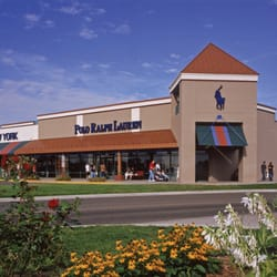 albertville premium outlets 22 photos 48 reviews outlet stores rh yelp com michael kors outlet store albertville mn