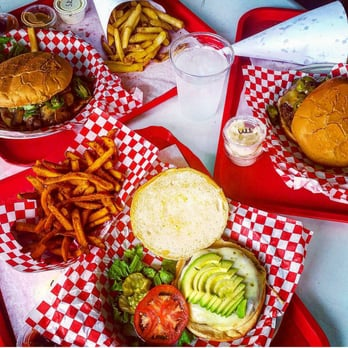 Big Z Burger Joint 92 Photos Amp 222 Reviews Burgers
