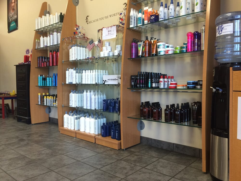 Fantastic Sams Hair Salons: 2913 S Belt Hwy, St Joseph, MO