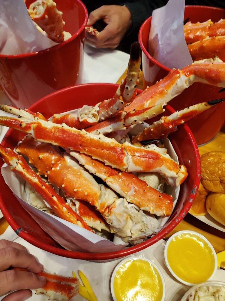 Tracy's King Crab Shack: 300 Whittier St, Juneau, AK
