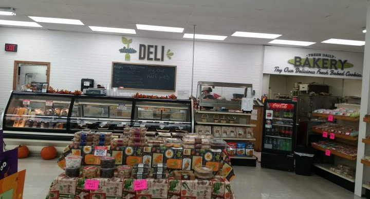 Sal's Foods: 504 S Main St, Black Creek, WI