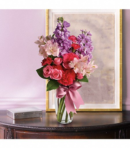 Coquille Floral: 28 West 1st Street, Coquille, OR