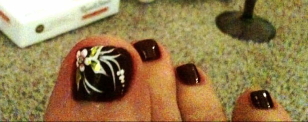 Beautiful toe nail art at Hawaii Nails! - Yelp