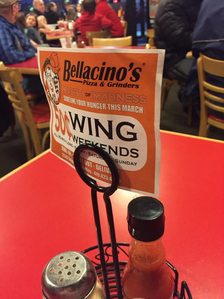 Food from Bellacino's Pizza & Grinders