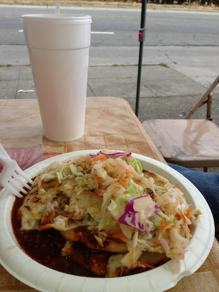 Las Rancherita Taco: Coliseum Way & Julie Anne, Oakland, CA
