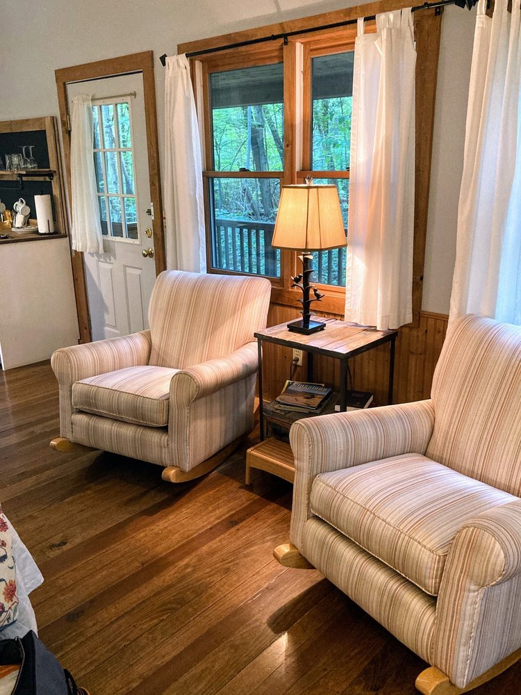 Inn & Spa at Cedar Falls: 21190 State Rte 374, Logan, OH