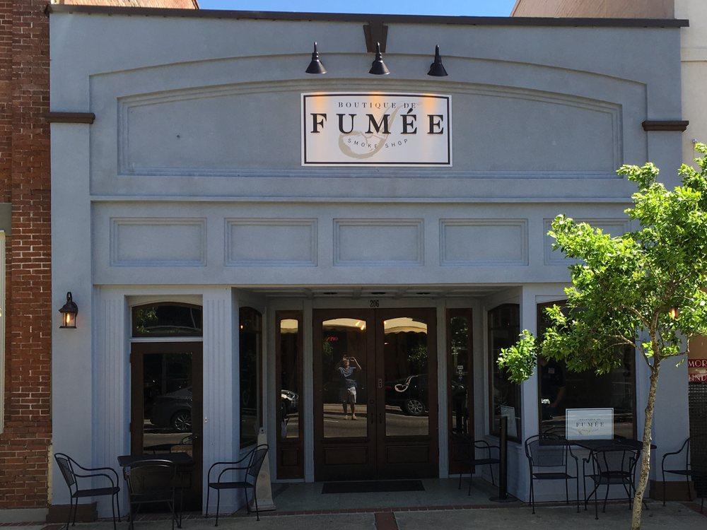 Boutique de Fumee: 206 E Thomas St, Hammond, LA