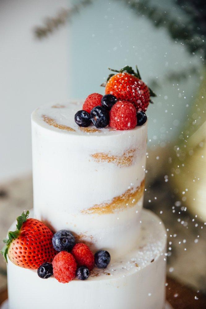 Simply Irresistible Cakes & Catering: 2408 W Whittier Blvd, La Habra, CA