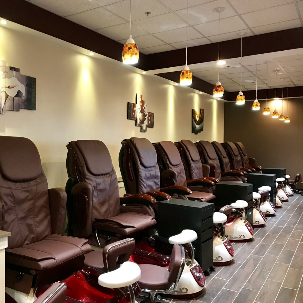 Sun Nails: 4403 Lake Ave S, White Bear Lake, MN