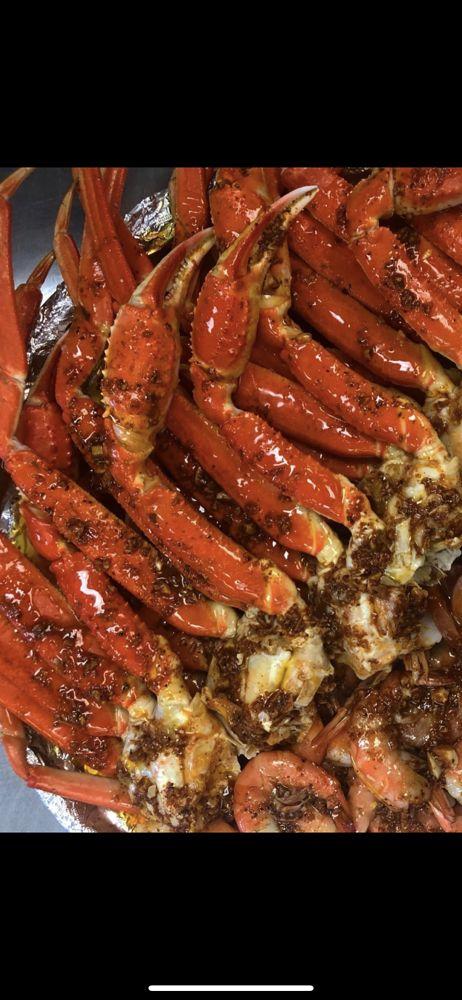 Tasty Crab House: 2715 Watson Blvd, Warner Robins, GA