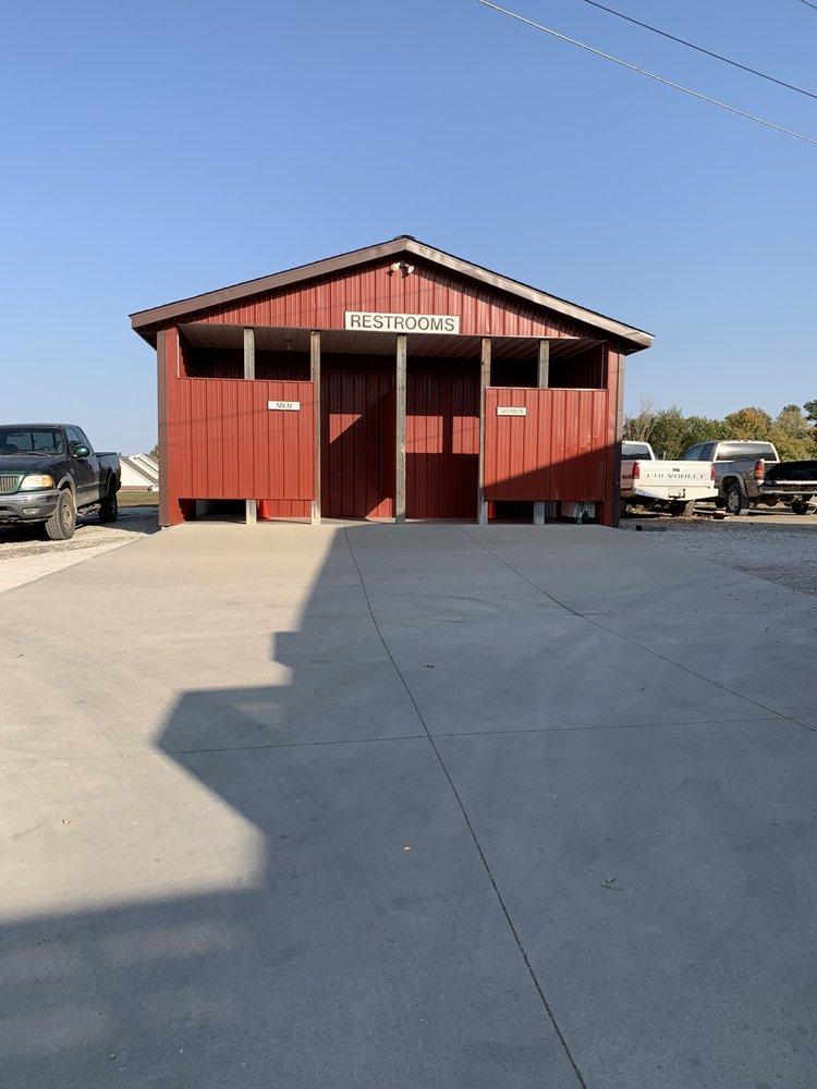 Anderson Orchard: 369 E Greencastle Rd, Mooresville, IN