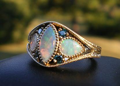 Tim Brown Jewelers: 210 S Elizabeth St, Elizabeth, CO