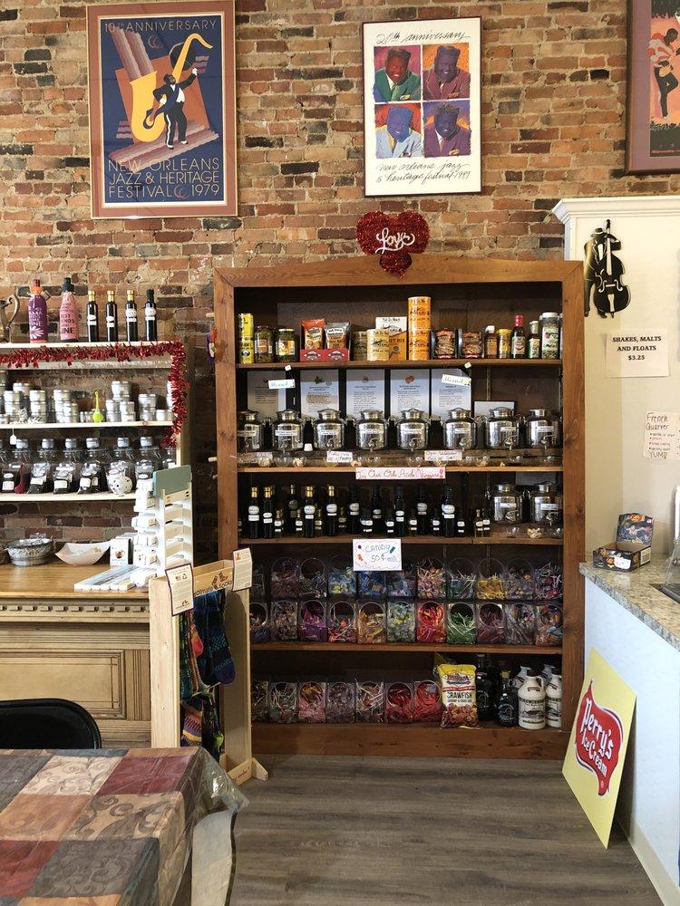 Nola's General Store: 11 Main St, Canton, NY