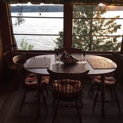 Photo Of Beverly Beach Cabin Freeland Wa United States Dining With A