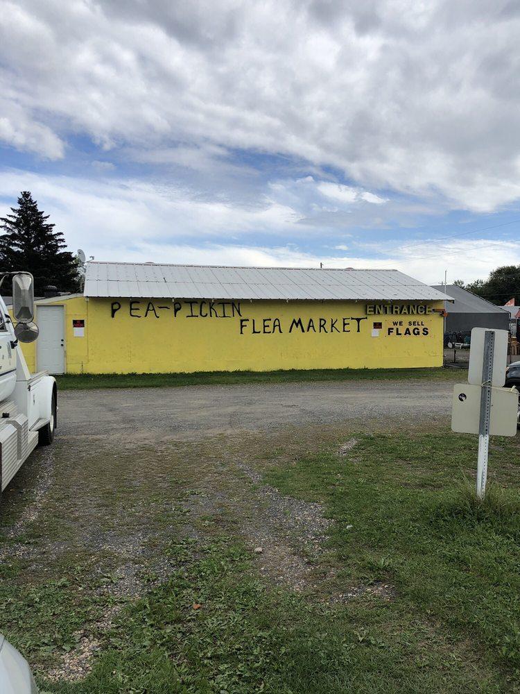 Pea Picking Flea Market: 1977 US 8 St, Saint Croix Falls, WI
