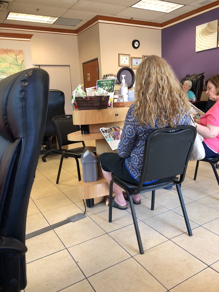 V Nails: 10 11th Ave S, Hopkins, MN