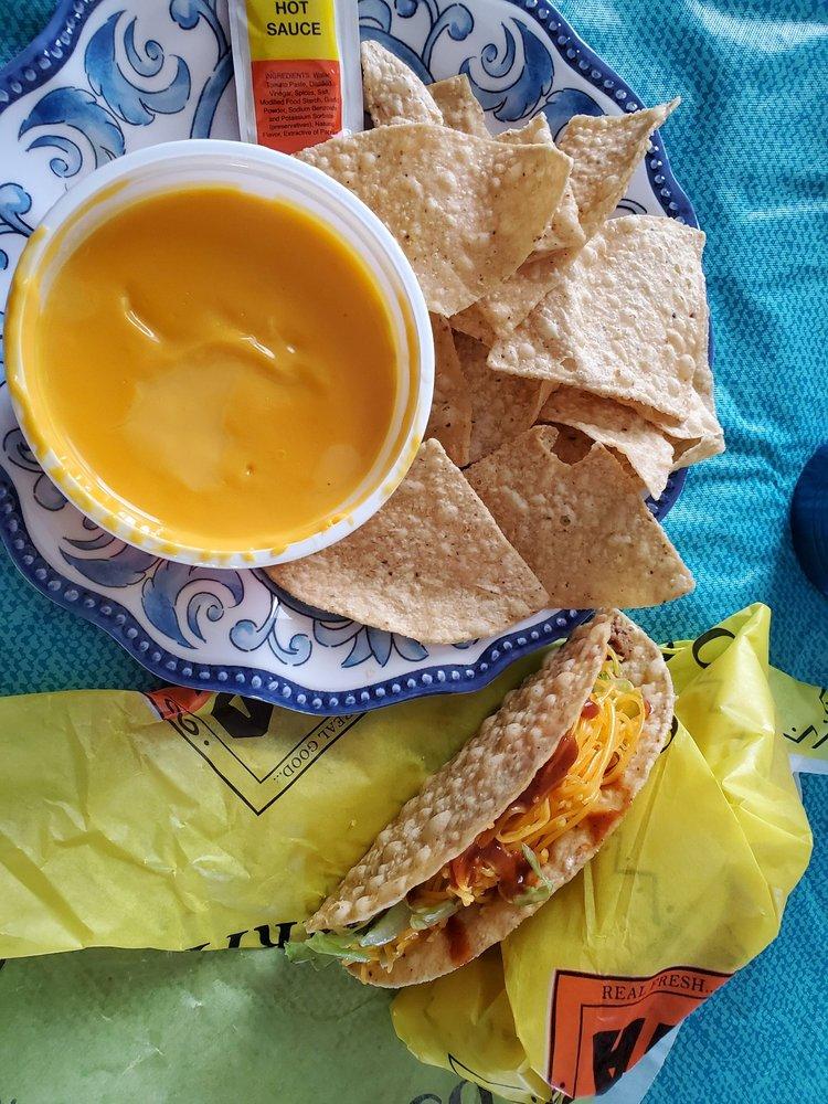 Taco Casa: 12424 NW 10th St, Yukon, OK