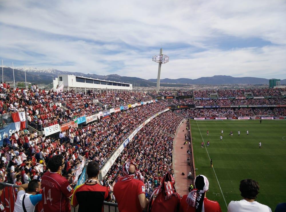 Estadio Nuevo Los Carmenes Estadios Avenida Pintor Manuel