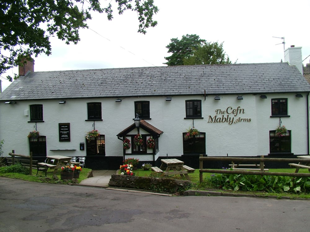 Local Pubs With Food Near Me