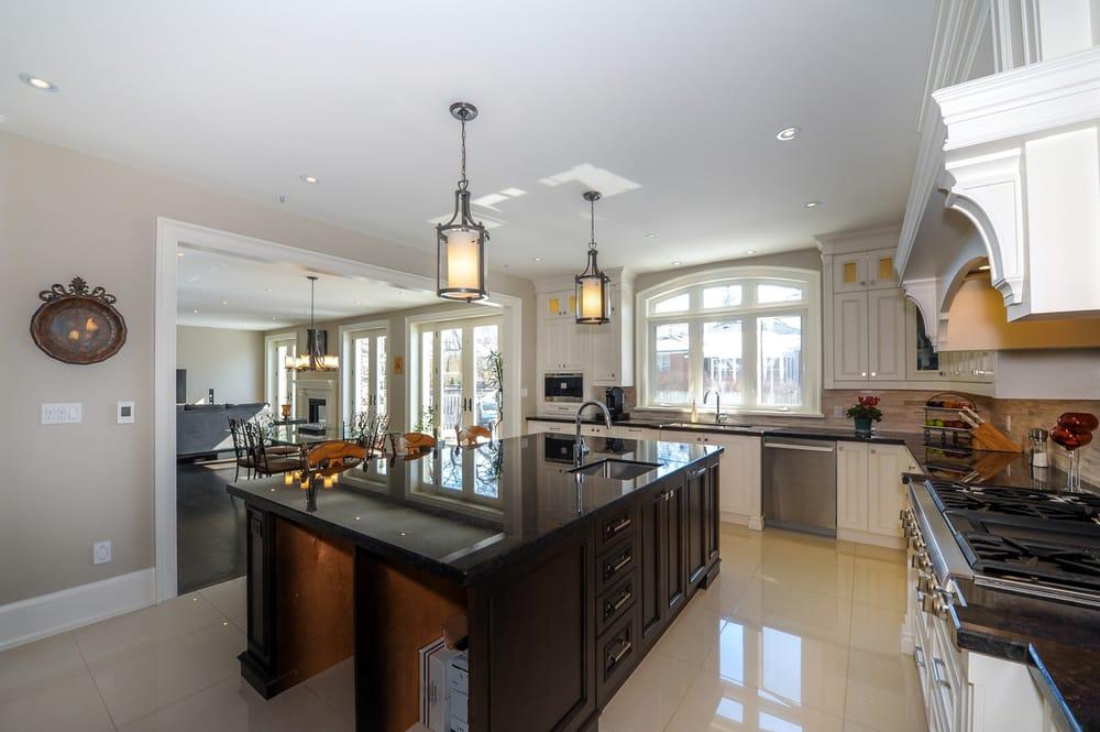 Evan Kitchen Cabinets