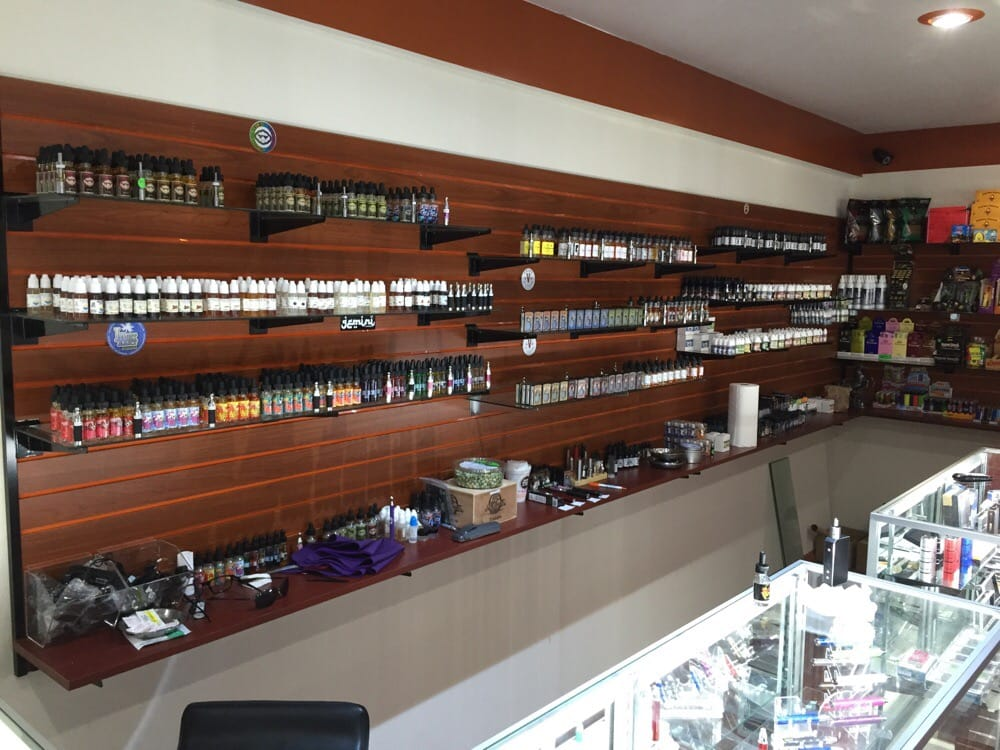 Z Vape Station: 384 Atlantic Ave, Freeport, NY