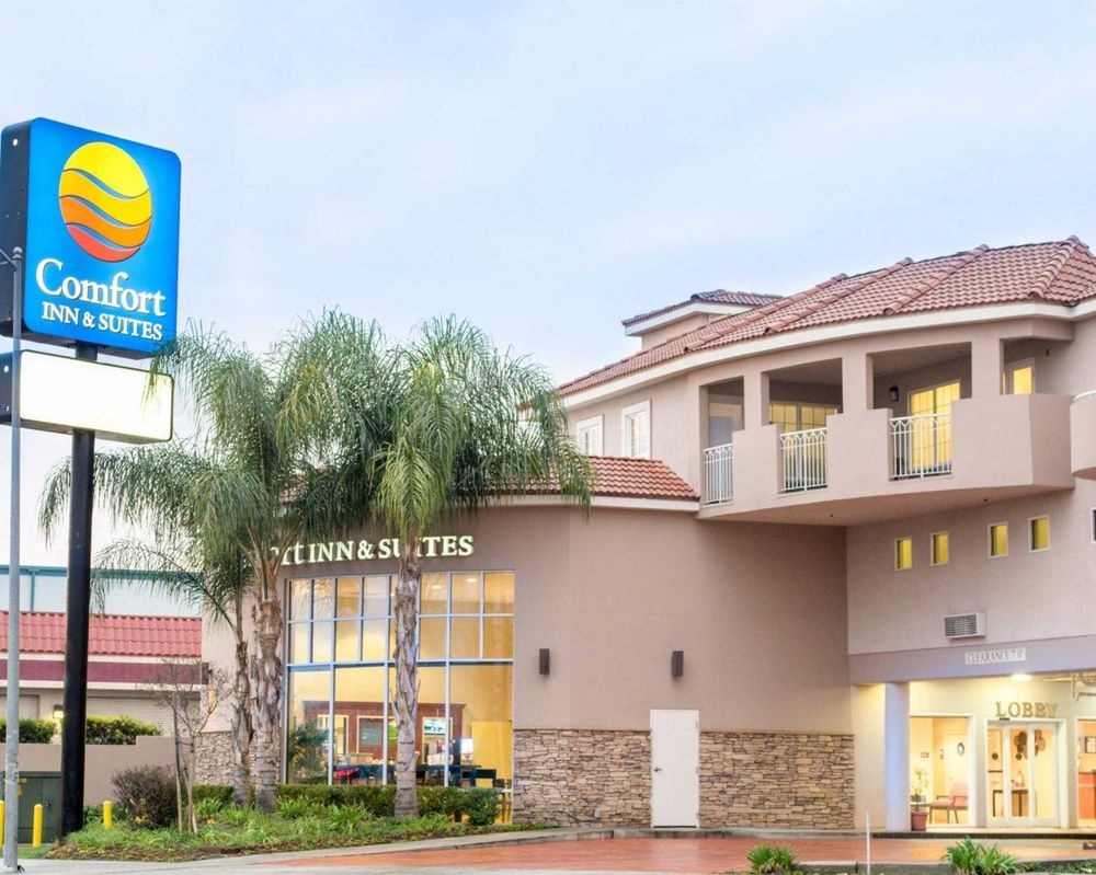ca comforter hotel suites burbank accommodation near universal north comfort long inn beach hollywood