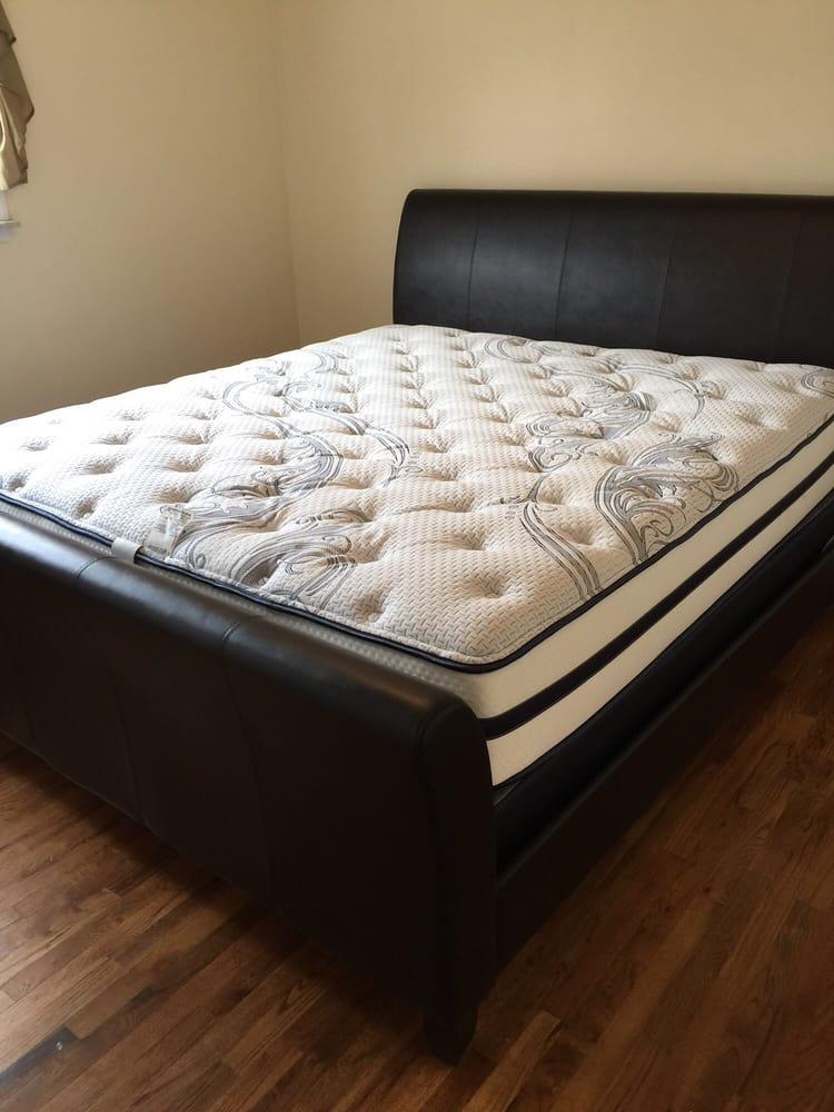 Gardner White Furniture 29 Reviews Furniture Shops 4445 N Atlantic Blvd Auburn Hills Mi