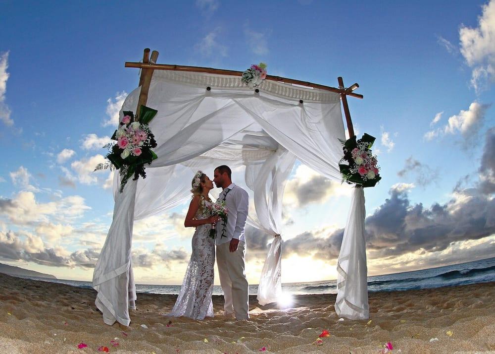 Photo Of Yes I Do Hawaiian Weddings Haleiwa Hi United States