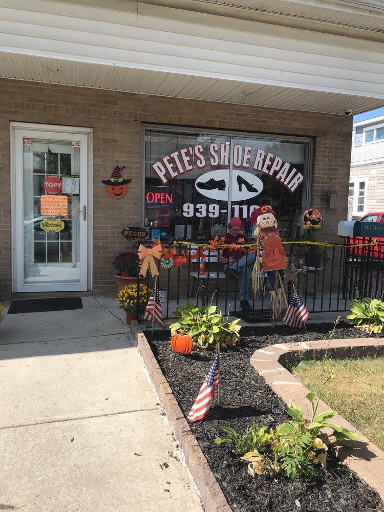 Pete's Shoe Repair: 725 N Black Horse Pike, Runnemede, NJ