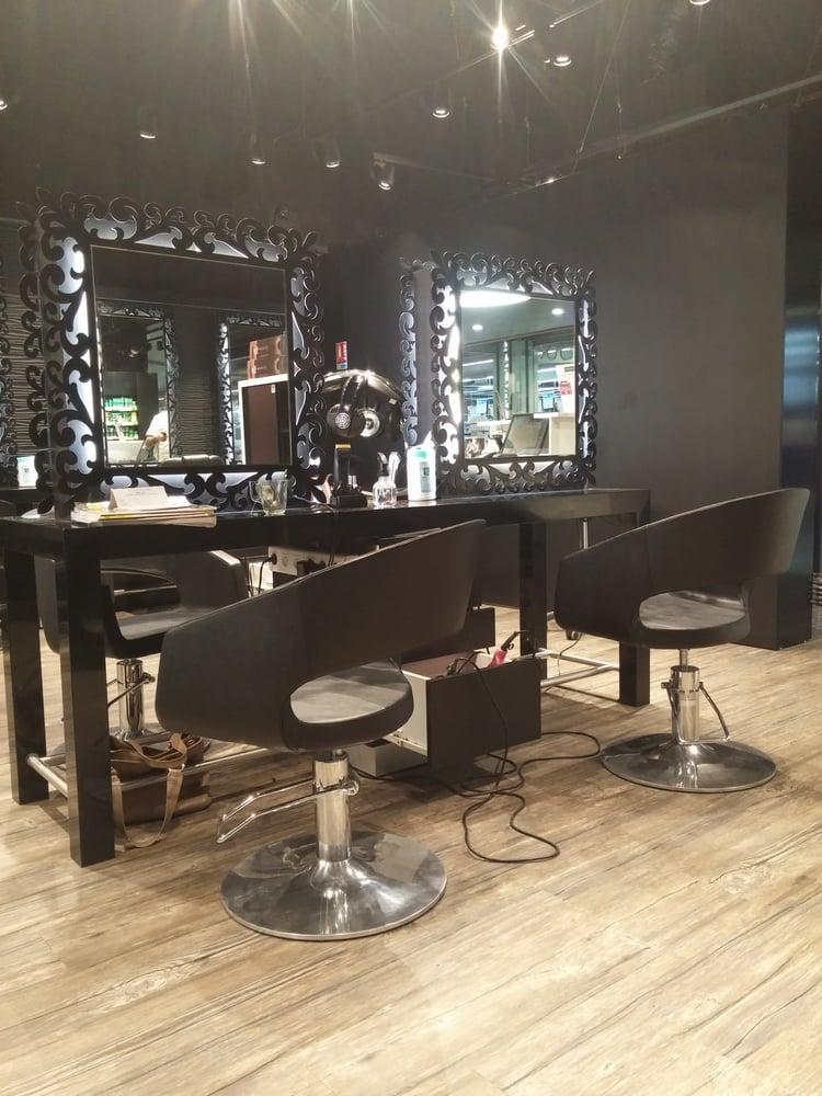 Sergio bossi coiffeurs salons de coiffure cc leclerc for Salon de coiffure blagnac