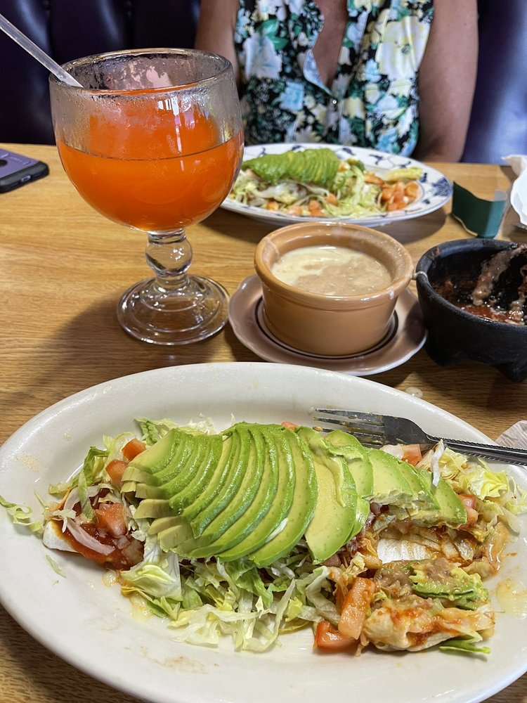 Mario Brothers Mexican Restaurant: 528 N Lincoln Rd, Rockville, IN