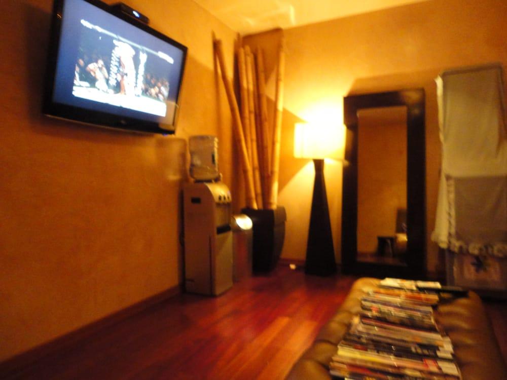 West garden spa 25 photos massage 243 w 30th st for Garden salon