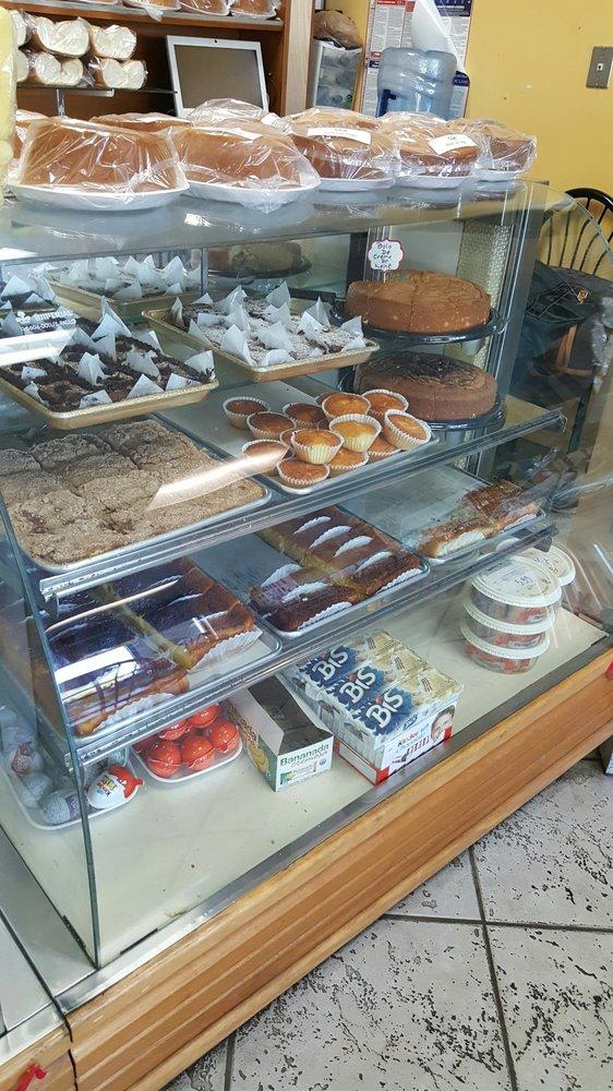 Cafe & Bakery 2000