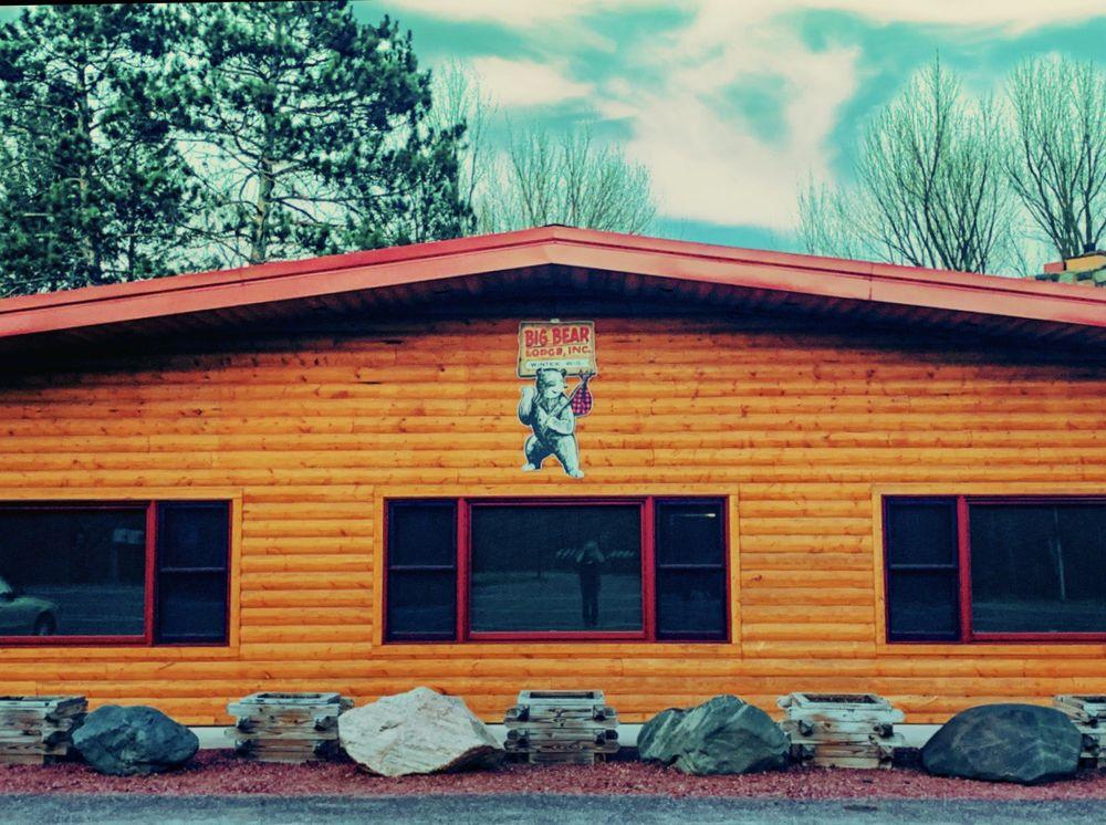 Big Bear Lodge: W1614 County Rd W, Winter, WI