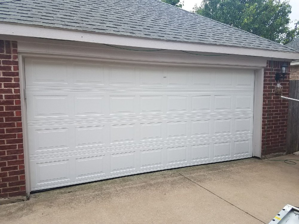 Garage Doors Repairs & Installations