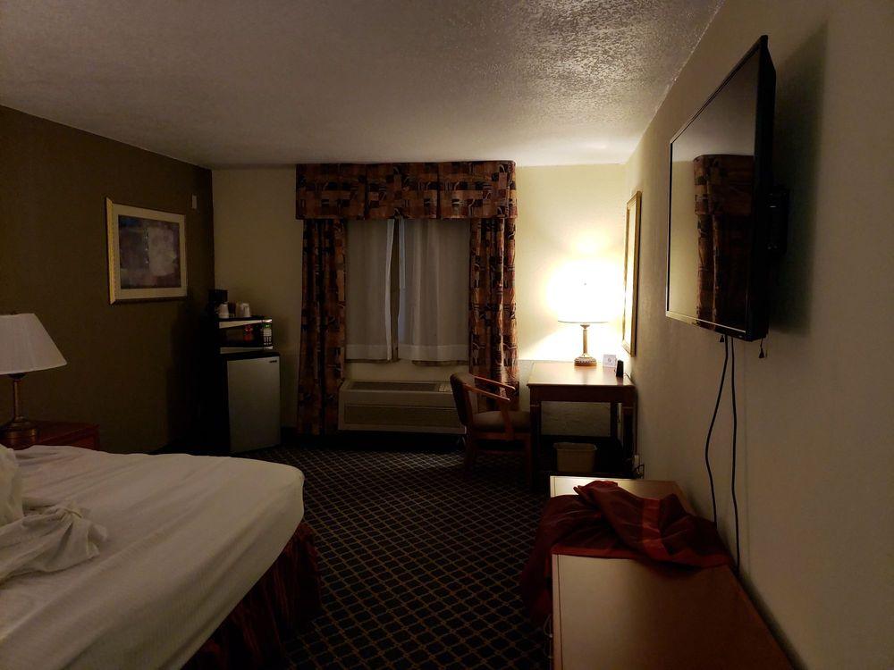 Best Host Inn Plaza
