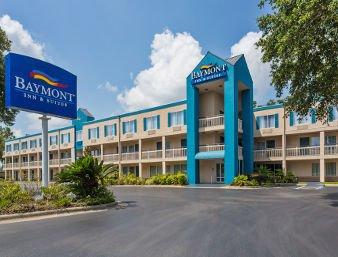 Baymont by Wyndham Gainesville: 6901 Northwest 4th Boulevard, Gainesville, FL