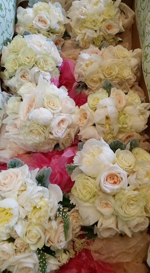 Mayer's Flower Cottage: 400 Medford Ave, Patchogue, NY
