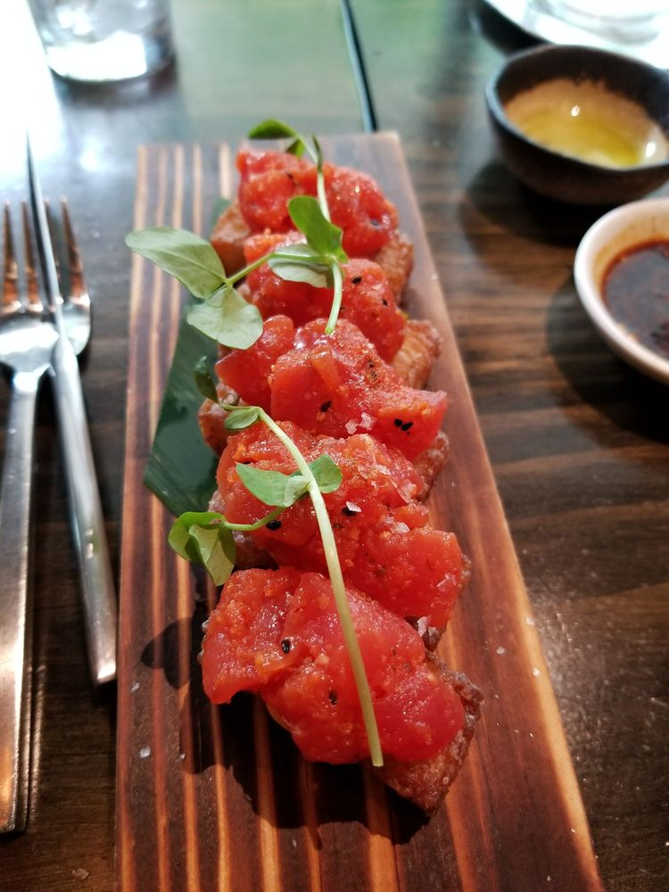 Pubelly Sushi Aventura