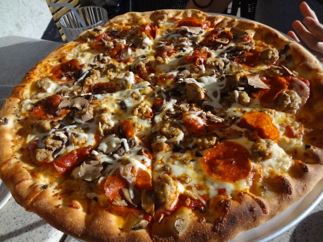 California Pizza Kitchen Pepperoni Pizza mushroom pepperoni sausage pizza - yelp