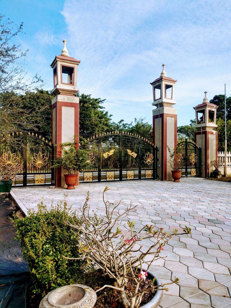 Tu Vien Huong Hai Florida - Huong Hai Monastery: 2321 SW 127th Ave, Davie, FL