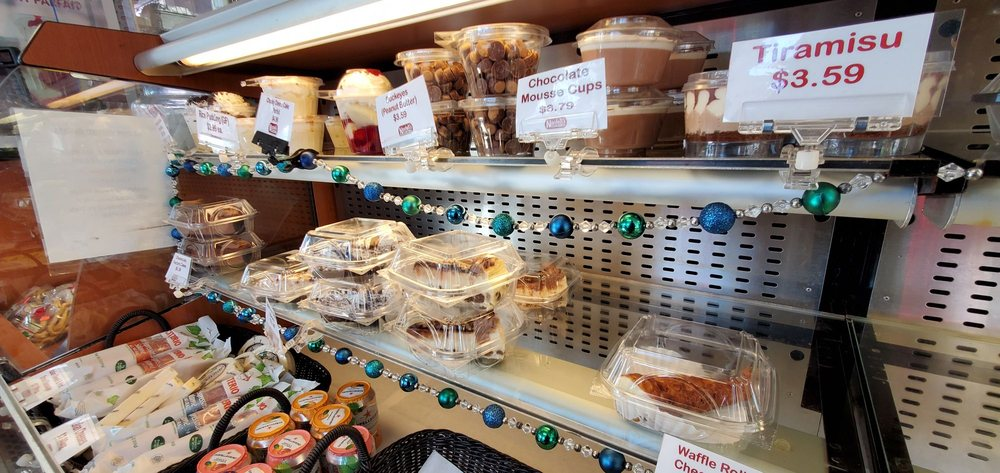 Food from Nardelli's Grinder Shoppe