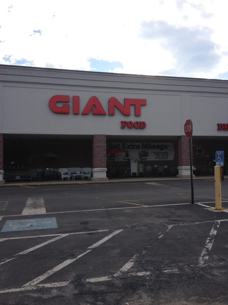 Giant Food Store Gas Hut Gift Card - Pottsville, PA | Giftly